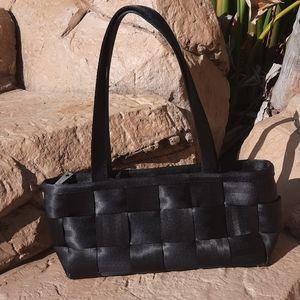Harveys Seatbelt Black baguette shoulder bag